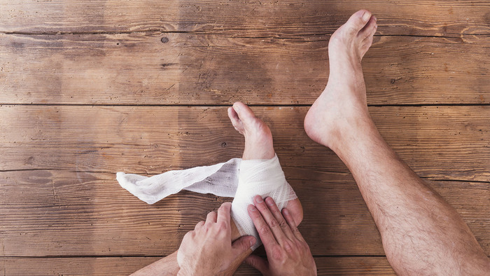 Runner with an injured ankle